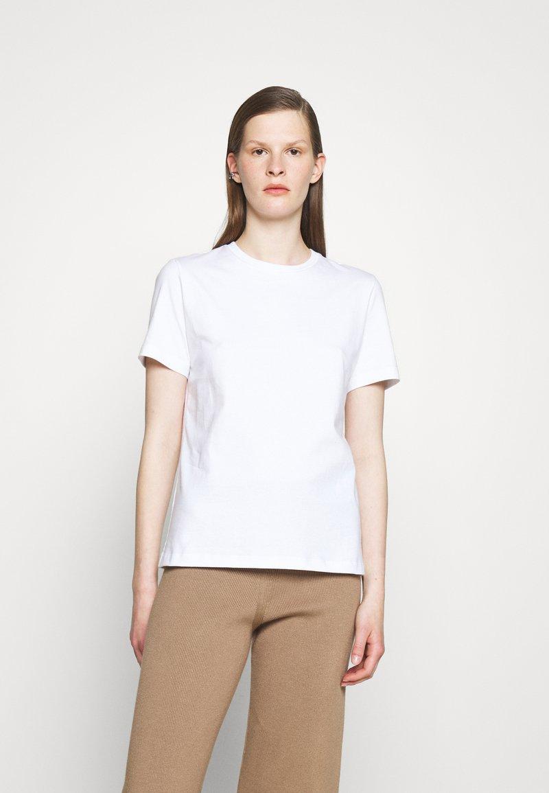 Holzweiler - SUZANA CLASSIC TEE - Jednoduché triko - white