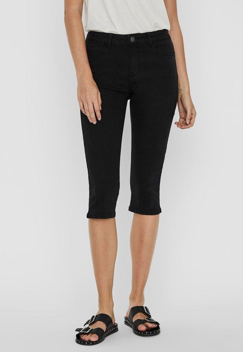 Women VMSEVEN  - Denim shorts