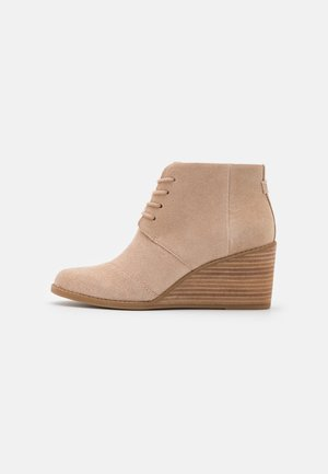HYDE - Ankle boots - natural