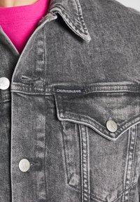 Calvin Klein Jeans - FOUNDATION JACKET - Džínová bunda - grey - 5
