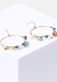 Six - MIT GLASPERLEN KUNSTSTOFFPERLEN QUARZ-SCHMUCKSTEINE - Earrings - goldfarben - 1