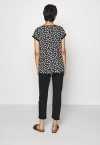 Esprit - CORE - Print T-shirt - black - 2