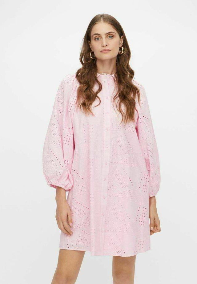 YASSADO DRESS  - Blousejurk - roseate spoonbill