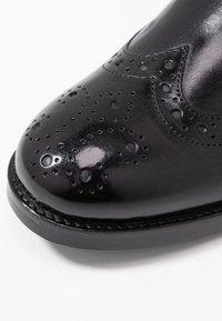Melvin & Hamilton - AMELIE  - Ankle boots - black - 2