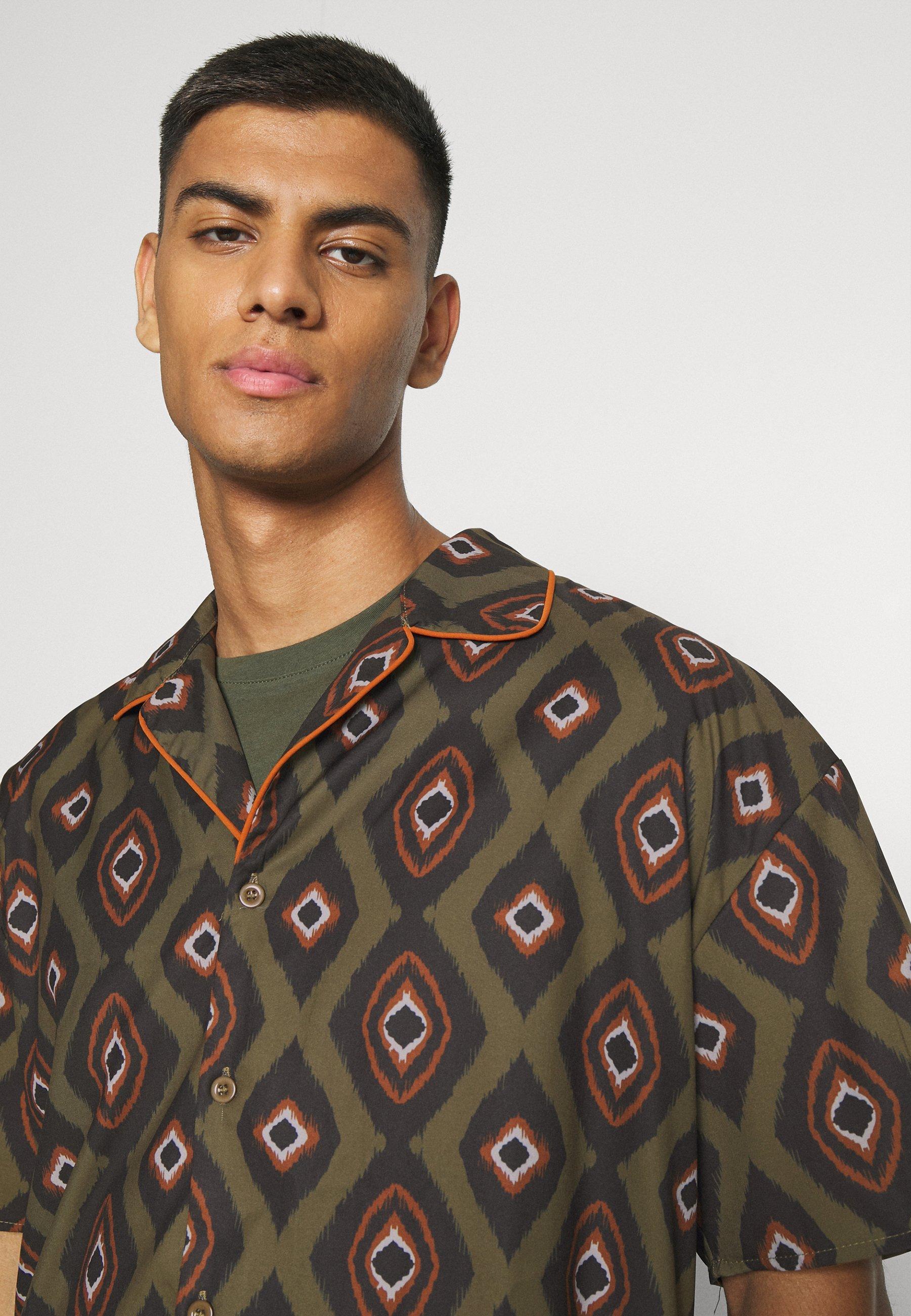 Men PEACOCK PATTERN REVERE SHIRT - Shirt