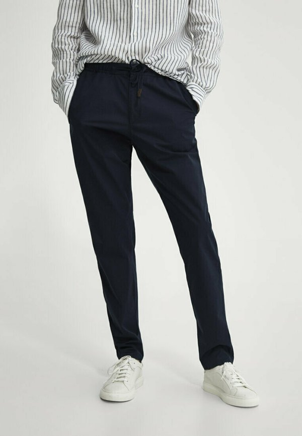 Massimo Dutti Spodnie materiałowe - blue-black denim/czarnoniebieski denim Odzież Męska CZRH