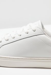 Blend - Matalavartiset tennarit - white - 5