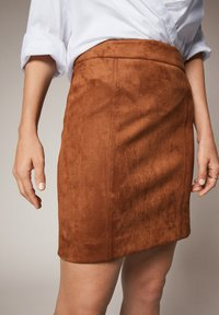 comma - Pencil skirt - toffee - 3