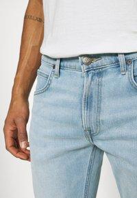 Lee - DAREN ZIP FLY - Jeans straight leg - bleached dale - 5