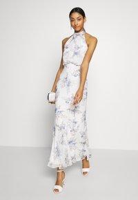Forever New - HALTER DRESS - Denní šaty - bluebell - 1