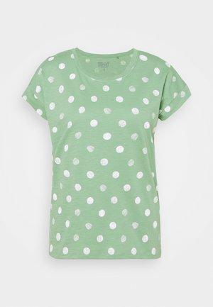 CORE - Print T-shirt - leaf green