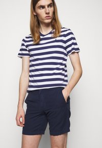 Polo Ralph Lauren - STRAIGHT FIT MARITIME - Shorts - newport navy - 3