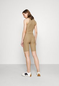 ONLY - ONLNELLA SET - Shorts - toasted coconut - 2