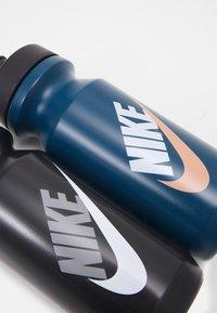 Nike Performance - BIG MOUTH GRAPHIC BOTTLE 600 ML 2 PACK UNISEX - Drink bottle - blue/black - 3