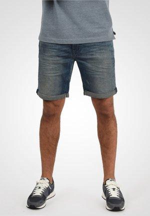 LUKE - Denim shorts - blue