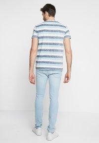 Solid - TJANOS - Print T-shirt - air blue - 2