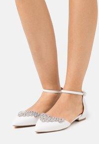 Lulipa London - LOULOU - Ballerinaskor med remmar - white - 0