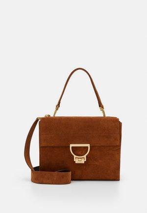 ARLETTIS MED SHOULDER - Handbag - caramel