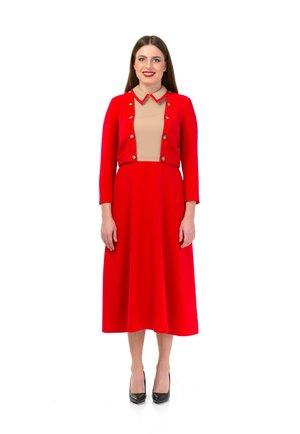 JAQLINE - Korte jurk - dark red