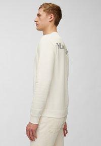 Marc O'Polo - Sweatshirt - egg white - 3