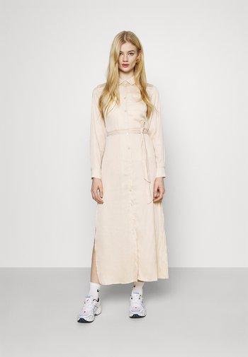 BELTED DRESS - Vestido largo - beige