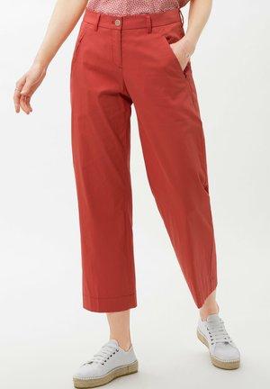 STYLE MAINE  - Pantalon classique - coral