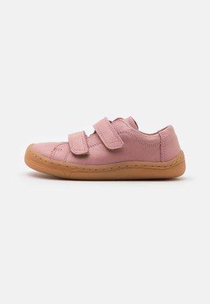 BAREFOOT - Zapatos con cierre adhesivo - pink