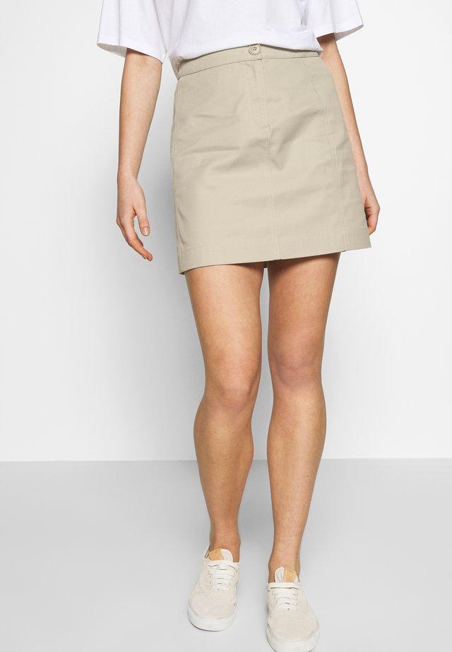 CALI SKIRT - Spódnica mini - light sage