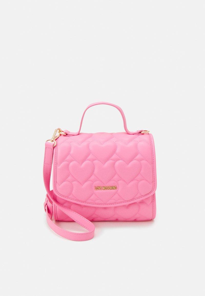 Love Moschino - HEART QUILTED TOP HANDLE CROSSBODY - Handbag - rosa