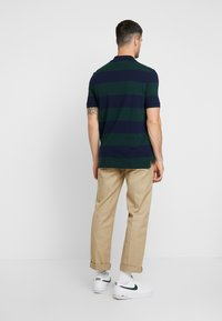 Lacoste LIVE - Polo - sinople/navy blue - 2
