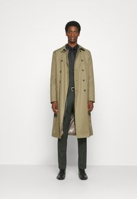 Selected Homme - SLHSLIM MYLOLOGAN SUIT - Traje - rifle green - 1