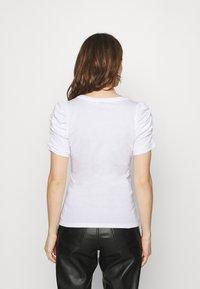 Liu Jo Jeans - MODA - T-shirts med print - bianco ottico - 2