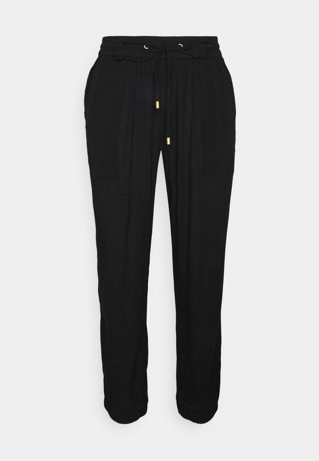 KAAMBER CROPPED PANTS - Trousers - black deep