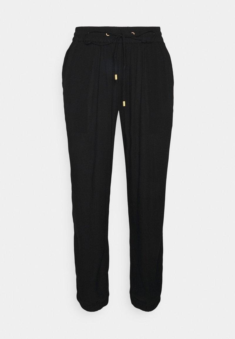 Kaffe - KAAMBER CROPPED PANTS - Trousers - black deep