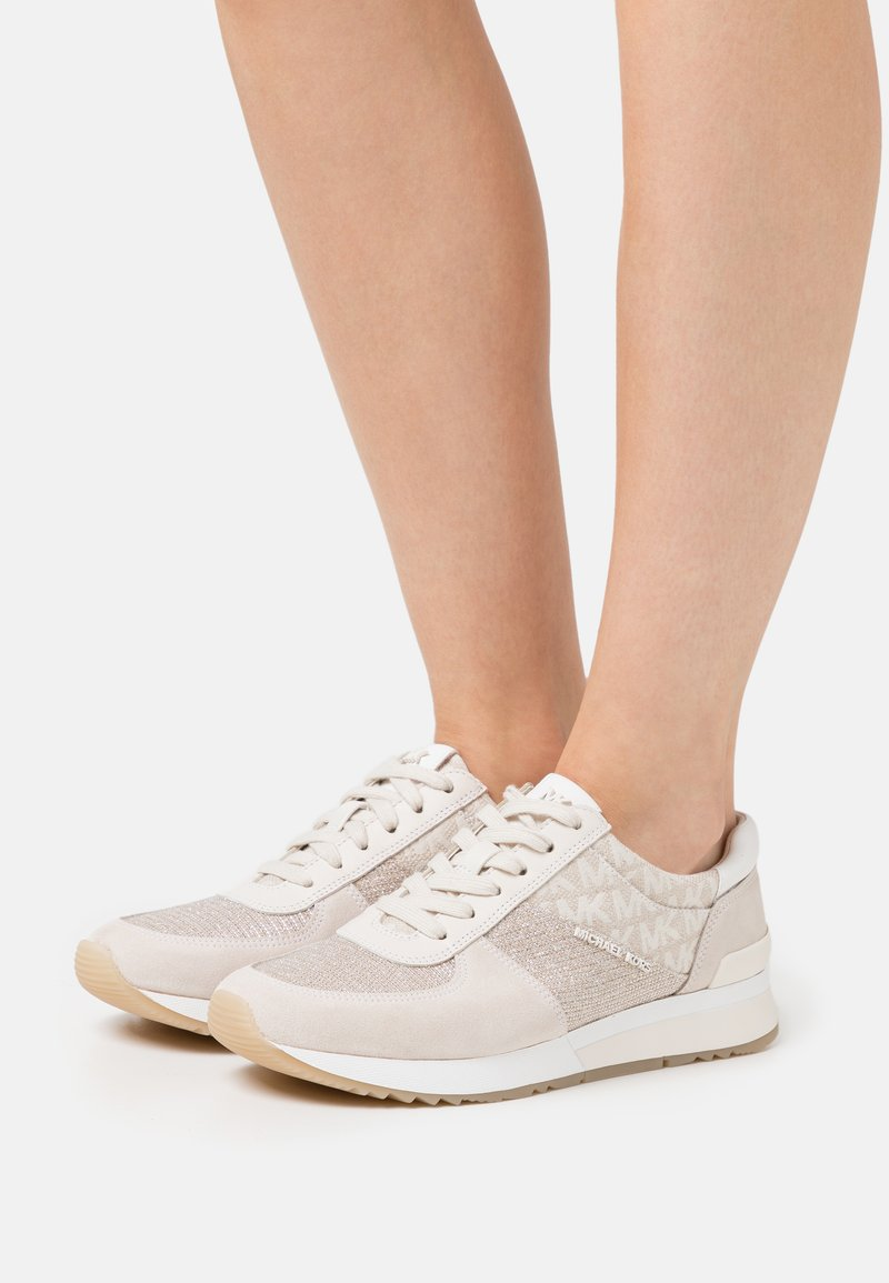 MICHAEL Michael Kors - ALLIE TRAINER - Zapatillas - natural