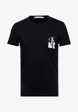 MIRRORED MONOGRAM SLIM TEE - T-shirt con stampa - black/white