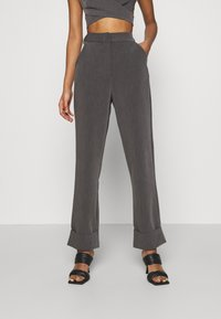 4th & Reckless - BLAISE TROUSER - Trousers - grey - 0