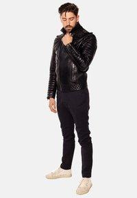 LEATHER HYPE - JORDAN PERFECTO - Leather jacket - black - 3