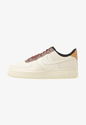 AIR FORCE 1 '07 LV8 - Matalavartiset tennarit - wheat/shimmer/club gold/black