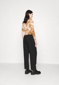 Weekday - ZINC TROUSER - Trousers - black - 2