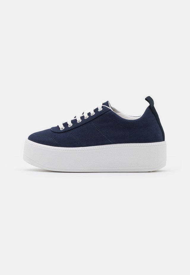 CHESTER LACE UP - Baskets basses - navy