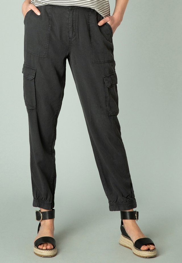 Cargo trousers - washed black