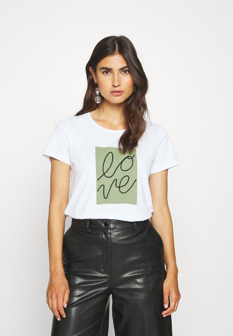Cream - FLORA - Print T-shirt - snow white