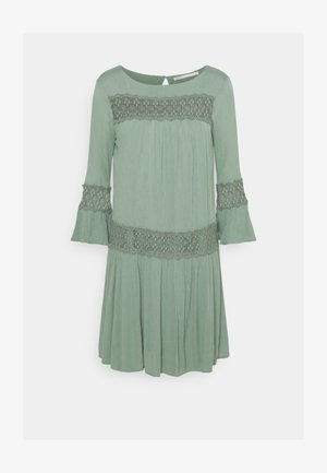 Vestido informal - chinois green