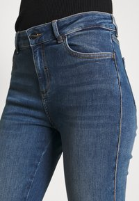 comma - Slim fit jeans - dark blue - 4