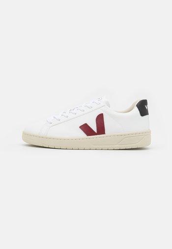 URCA - Sneakers basse - white/marsala/black