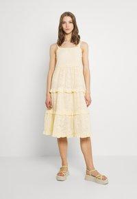 YAS - YASGEMMA STRAP MIDI DRESS  - Day dress - eggnog/marigold - 0
