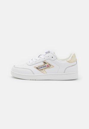FLASH - Baskets basses - white/gold