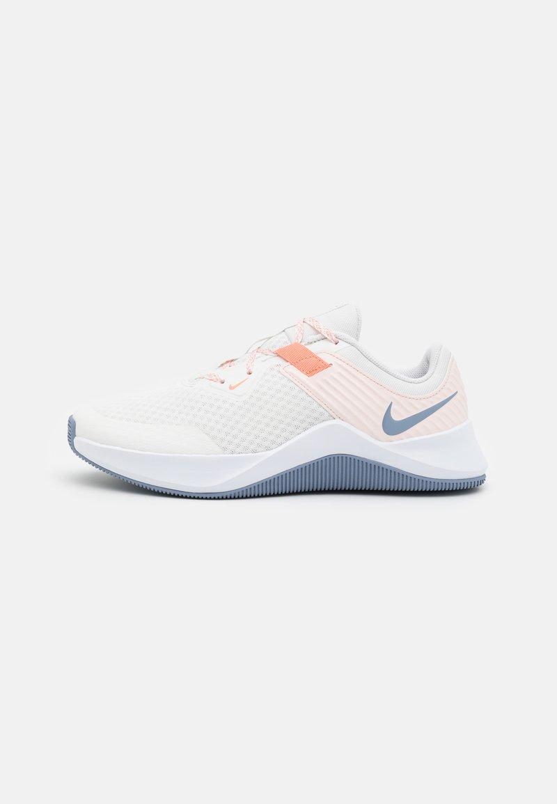 Nike Performance - MC TRAINER - Zapatillas de entrenamiento - summit white/ashen slate/crimson bliss/orange pearl/white/venice