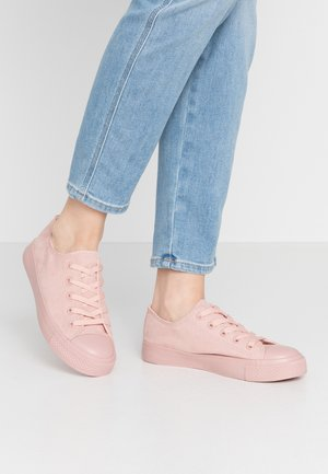 ICON COLOUR DRENCH SPORT - Sneakers laag - pink
